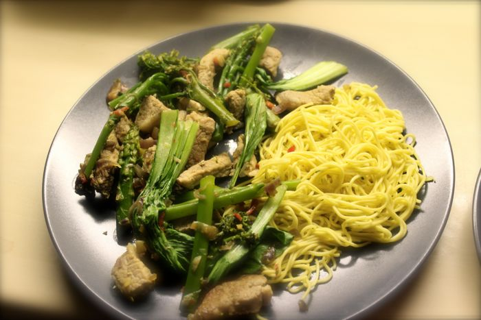 Pork-stirfry-veg-and-noodles